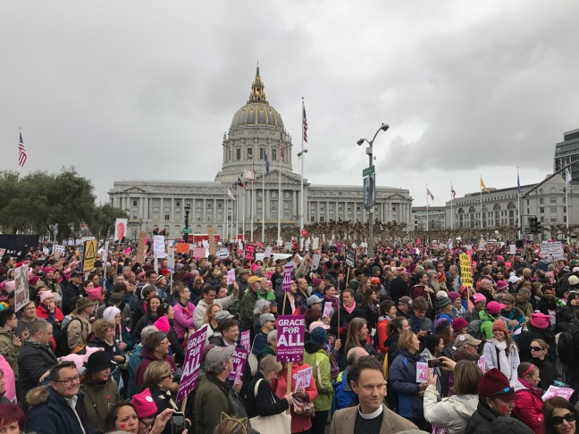crowd-with-city-hall-womens-march